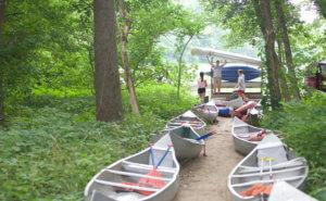 PASA Students Unload Canoes