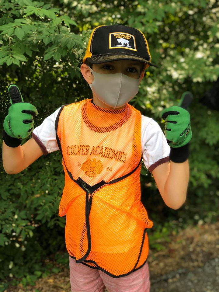 """4-H encourages members to always """"mask up"""" before going out in public."""