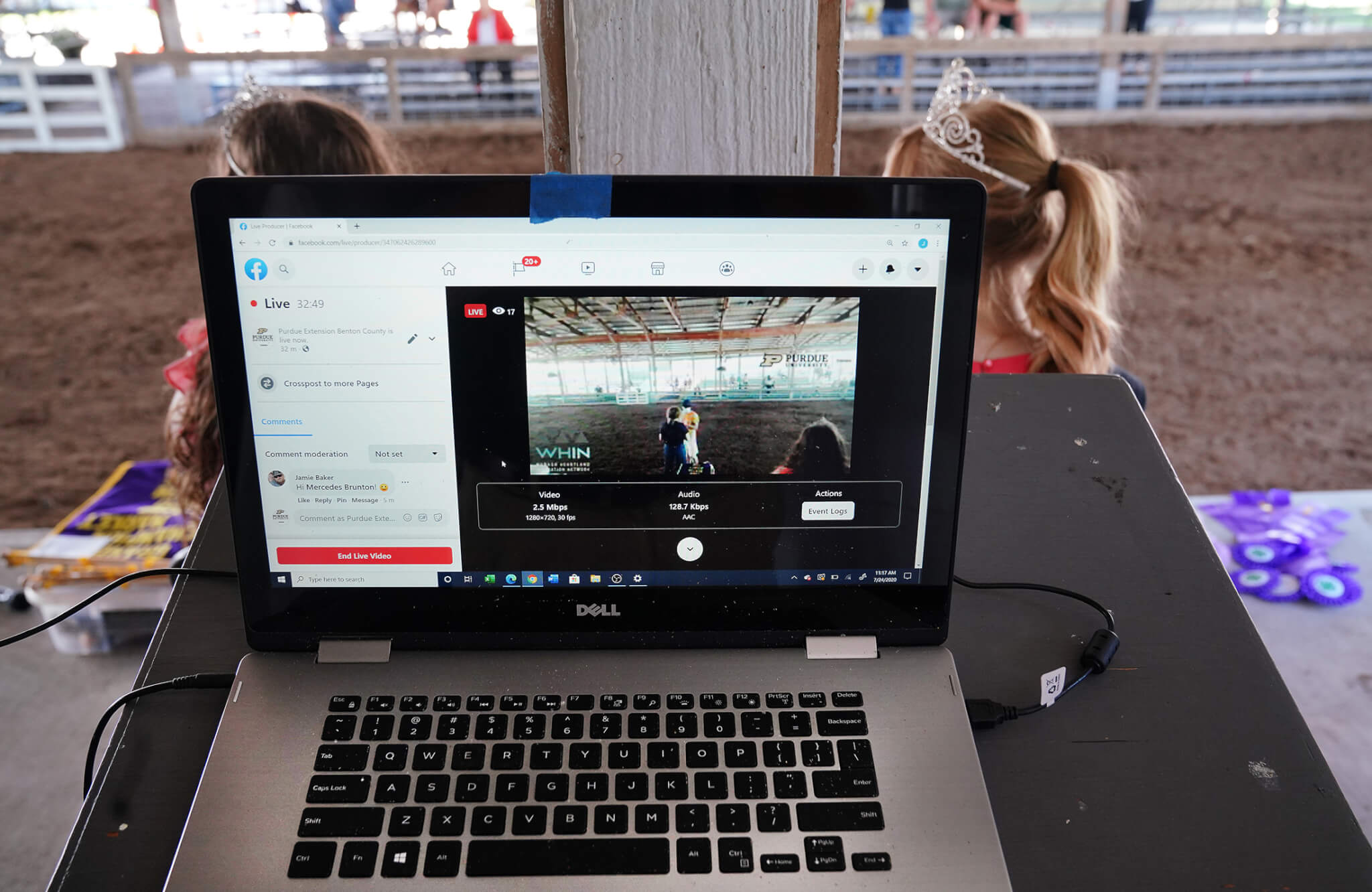 Computer at show ring