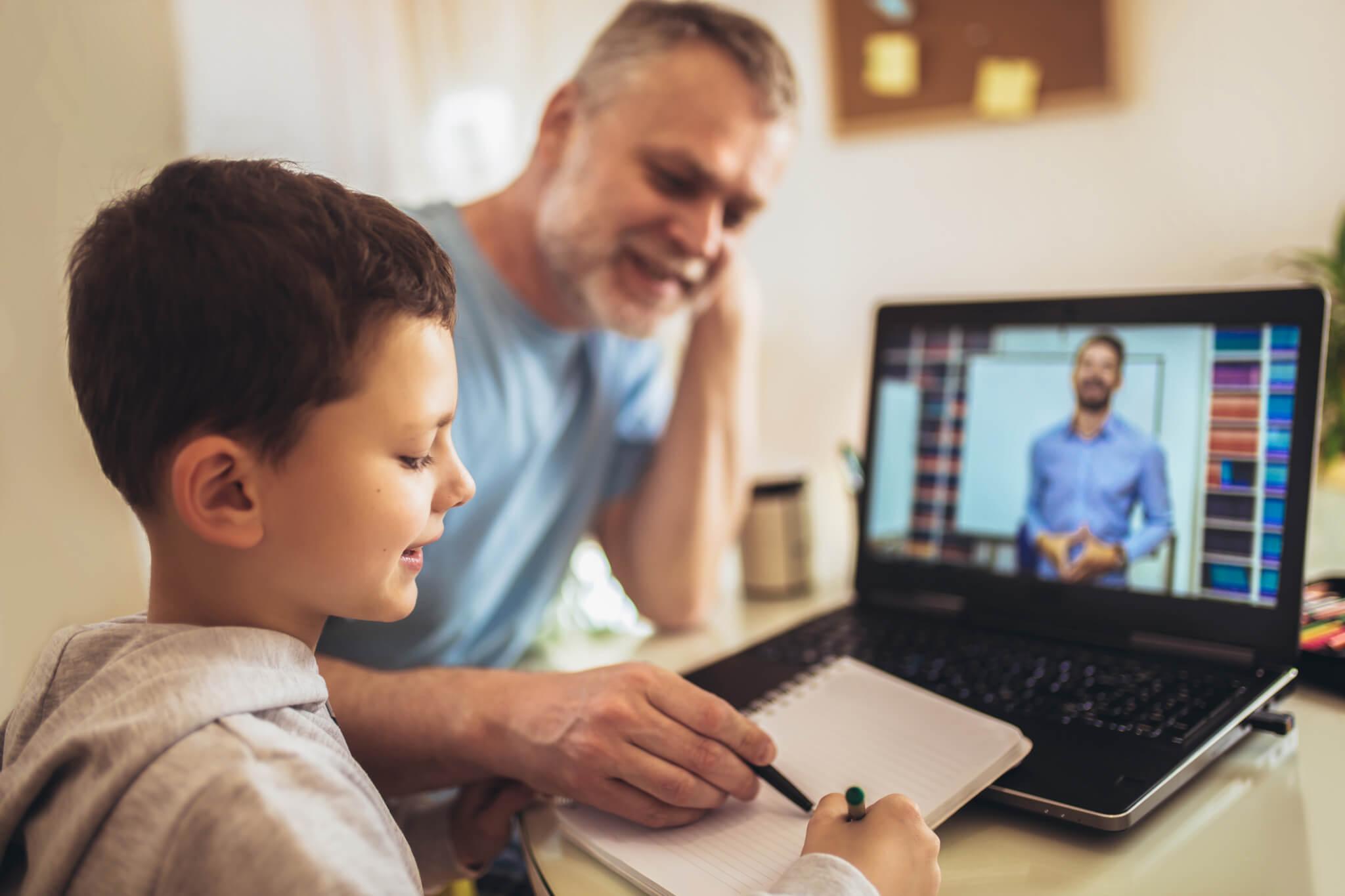 Family doing school online